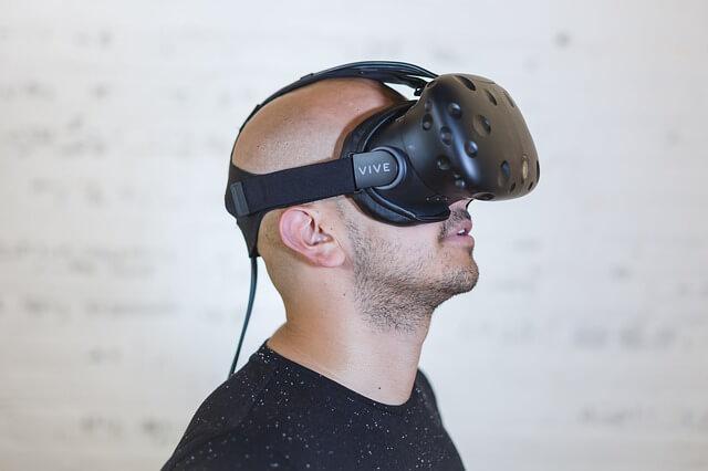 gogle do wirtualnej rzeczywistości